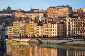 Les quais à Lyon, France
